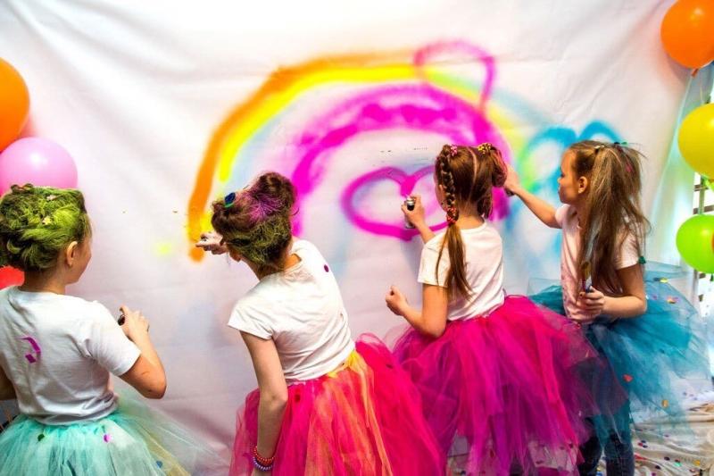 меловая аэрозольная краска Holidai Paint