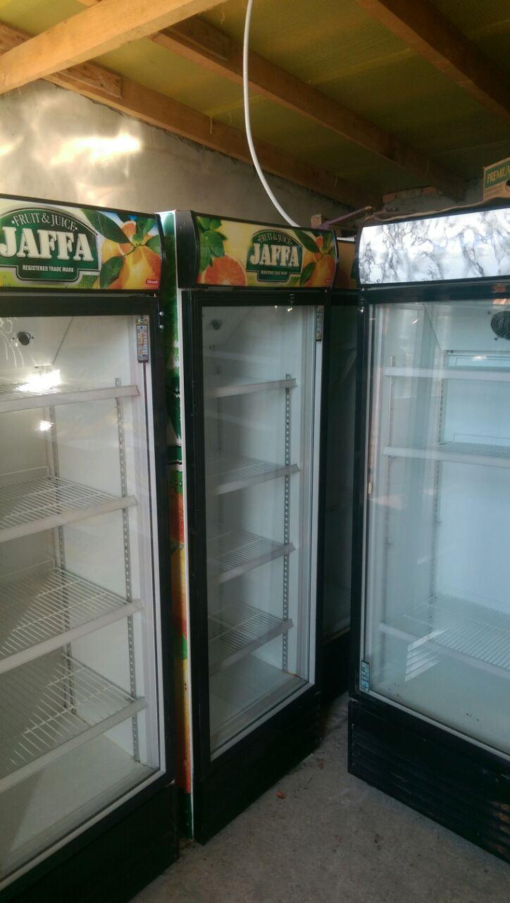 Холодильная витринашкаф 360литров