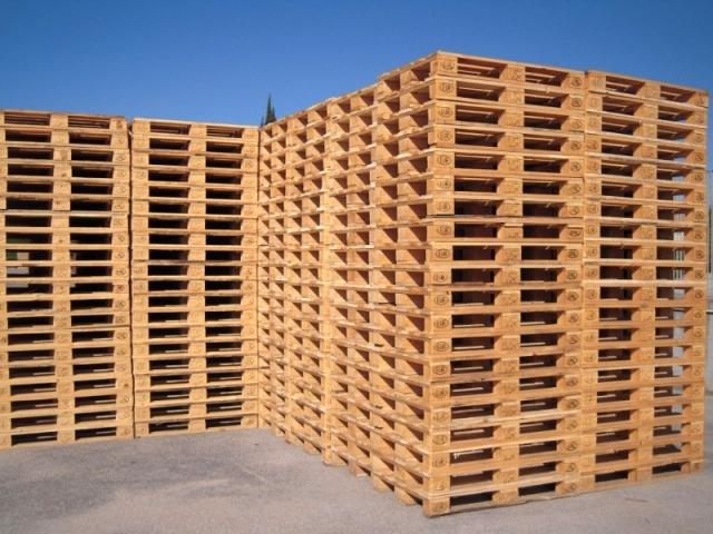 Закупаем деревянные поддоны, паллеты. Продаем поддоны, паллеты.