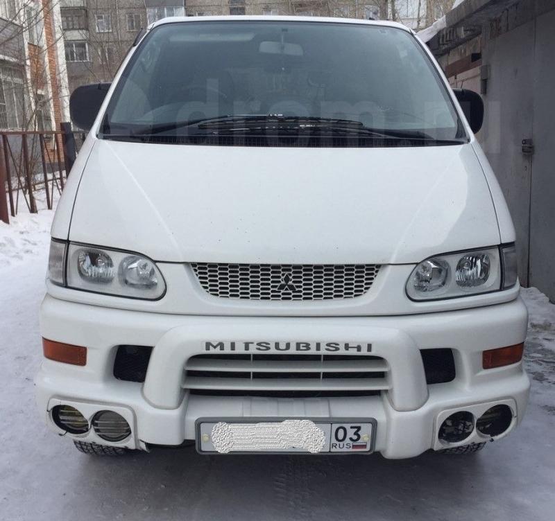 Mitsubishi Delica, 2000г .