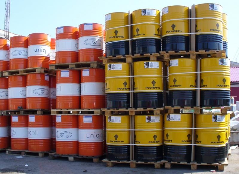 Реализуем индустриальные масла И-20304050 бочки 216 л  11100 руббочку