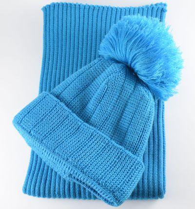 Изготовление вязаных шарфов, шапок с логотипом под заказ