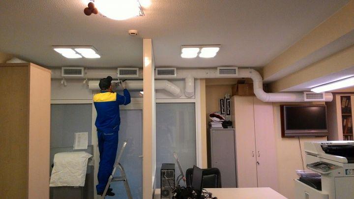 Выполним работы по монтажу вентиляции.