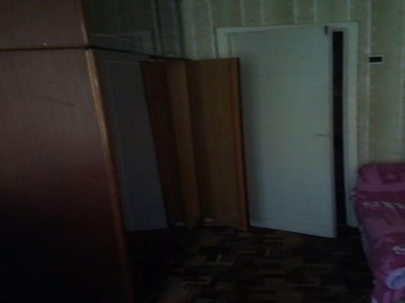 Сдается комната с прекрасным видом из окна.