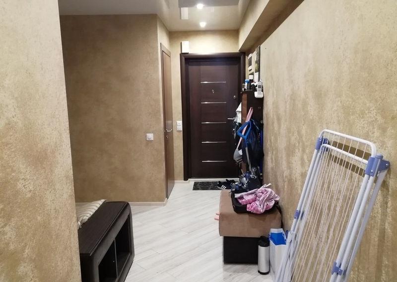 Продается 3-комнатная квартира в прекрасном благоустроенном районе.