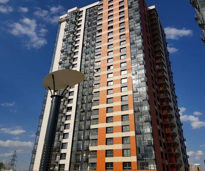 Продам 3-комнатную квартиру в развитом районе по доступной цене.