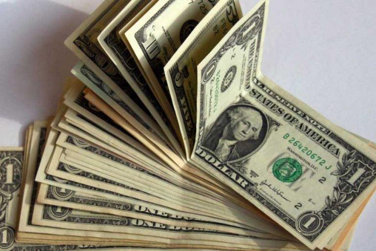 Помогу деньгами от 1000 долларов уже сейчас.