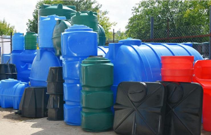 Пластиковые бочки для воды большого объема